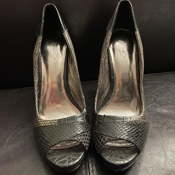 "Aldo 3"" snake skin heels"